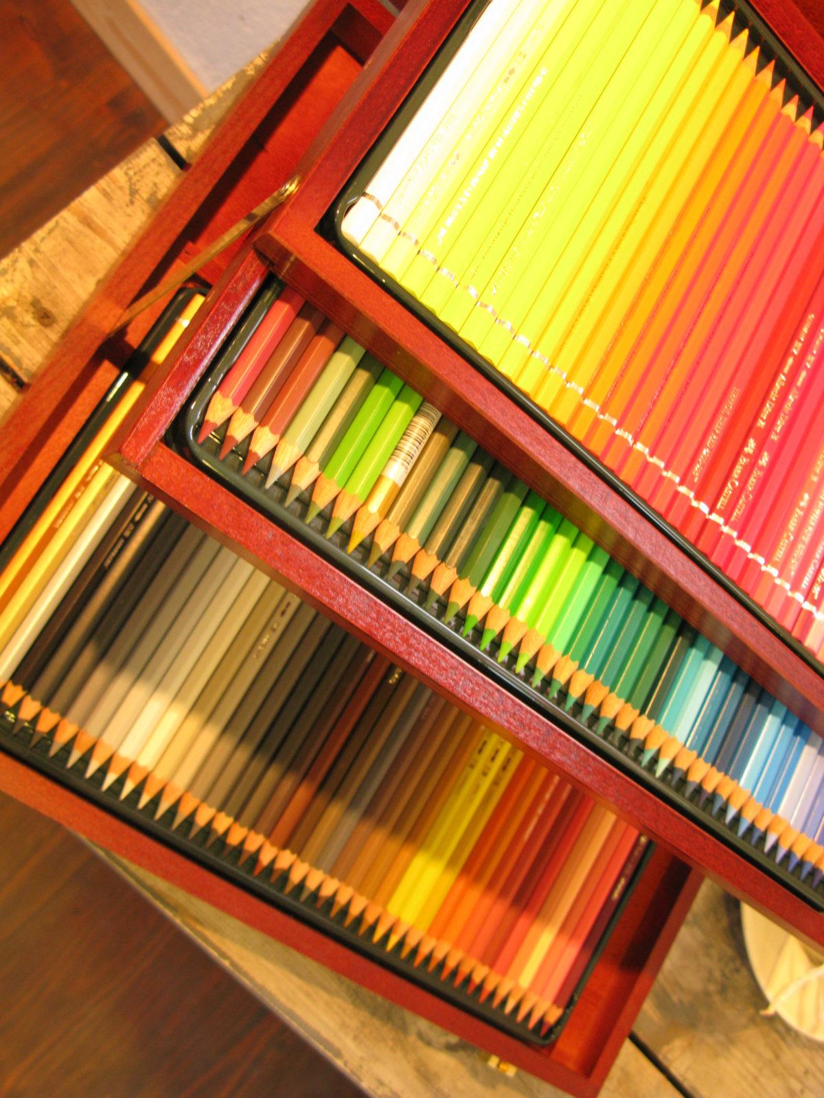 水彩色えんぴつと透明水彩画教室
